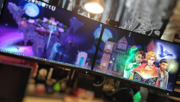 Realm of Magic dual screen wallpaper setup